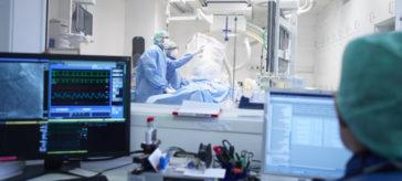 Herzkatheter wird gelegt - Foto: © BVmed.de